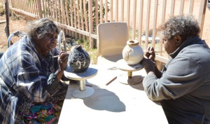 Hermannsburg Potters Rahel Ungwanaka and Rona Rubuntja